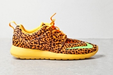 nike-roshe-run-fb-orange-leopard-1