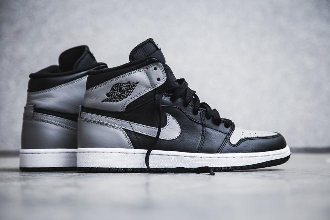 air-jordan-1-retro-high-og-black-soft-grey-shadow-2