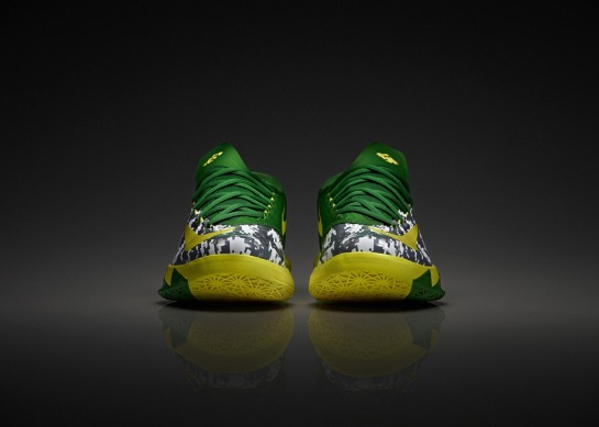 nike-oregon-ducks-armed-forces-classic-kd-vi-1