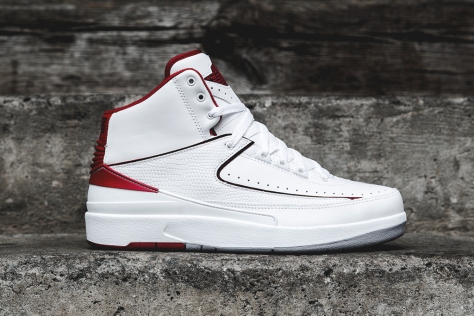 air-jordan-2-retro-white-red-1