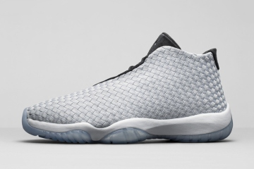 air-jordan-future-premium-metallic-silver-1