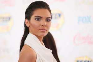 Kendall Jenner arrives at the Teen Choice Awards 2014 in Los Angeles