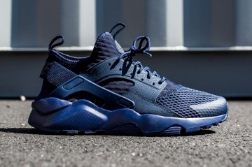 huarache-run-ultra-br-midnight-navy-1