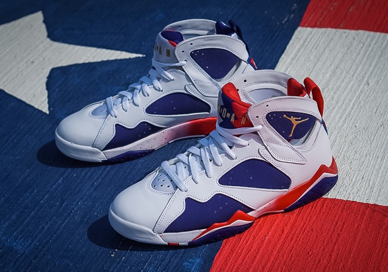 jordan-7-retro-alternate-shoes-2