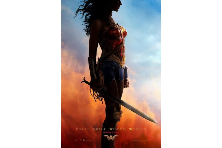 wonder-woman-official-comic-con-poster.jpg