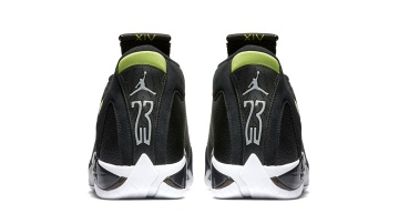 air-jordan-14-retro-indiglo-1_uxyr4b