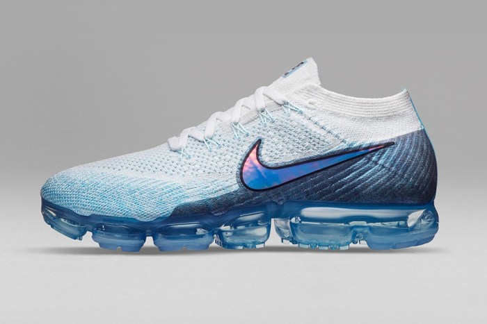 nike-air-vapormax-march-release-1