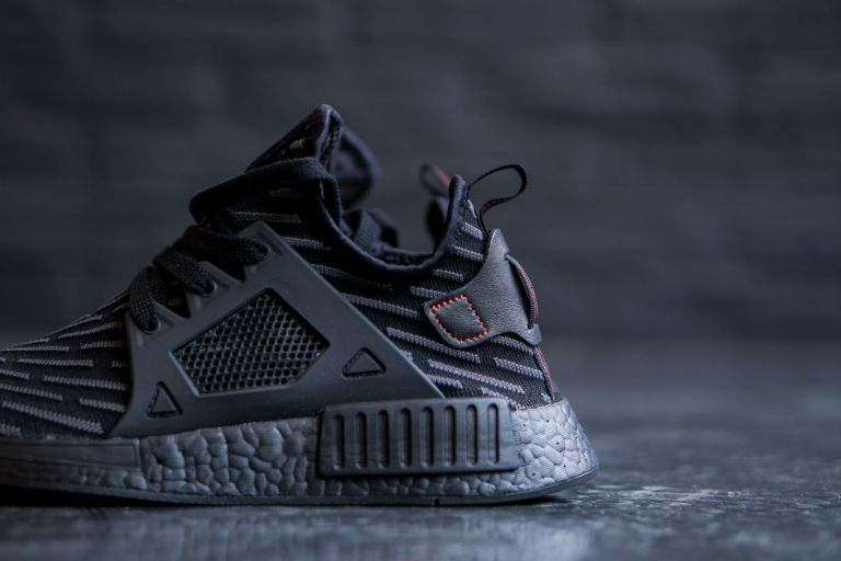 adidas-nmd-xr1-core-black-core-red-01