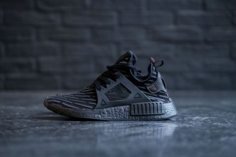 adidas-nmd-xr1-core-black-core-red-10