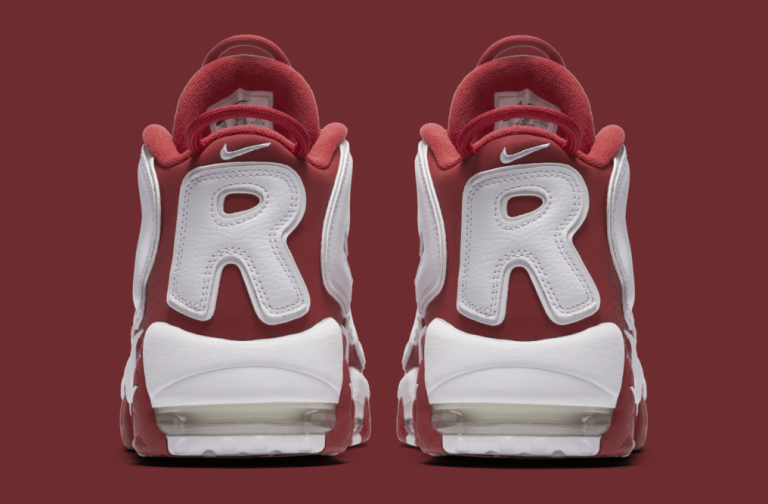 red-supreme-nike-air-more-uptempo-902290-600-heel.png