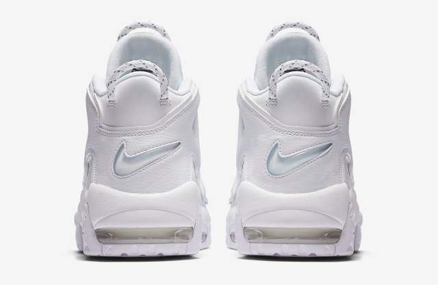 triple-white-nike-air-more-uptempo-921948-100-heel