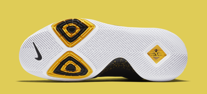 nike-kyrie-3-black-yellow-multicolor-852396-901-sole.png