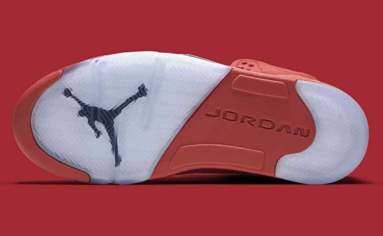 air-jordan3-5-red-suede-release-date-136027-602.jpg