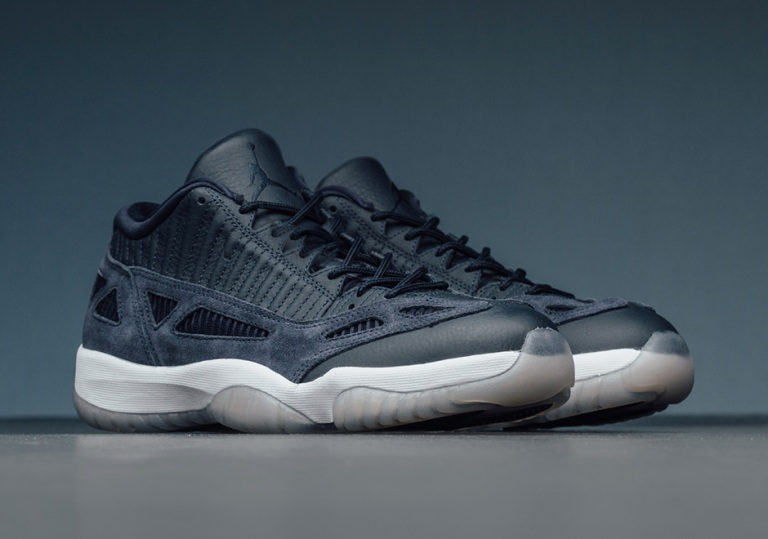 jordan-11-ie-low-obsidian-white-2.jpg