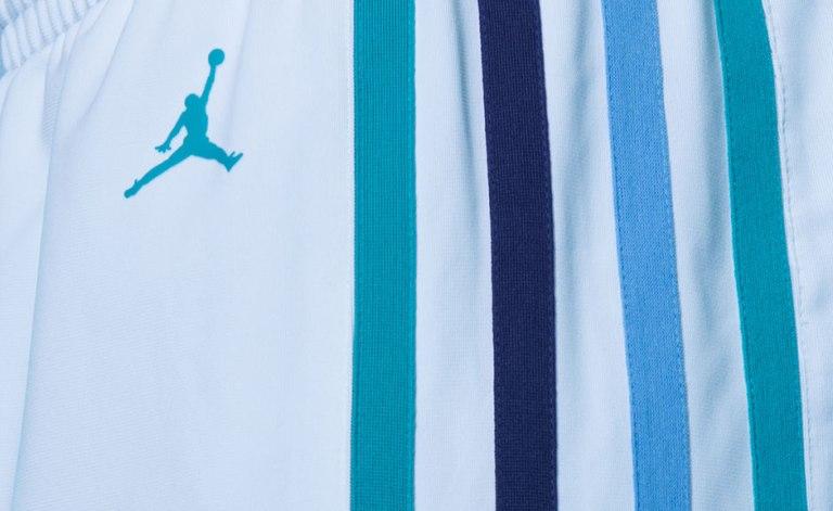 jordan-charlotte-hornets-uniforms-1
