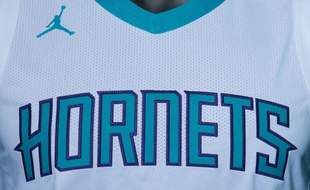 jordan-charlotte-hornets-uniforms-3