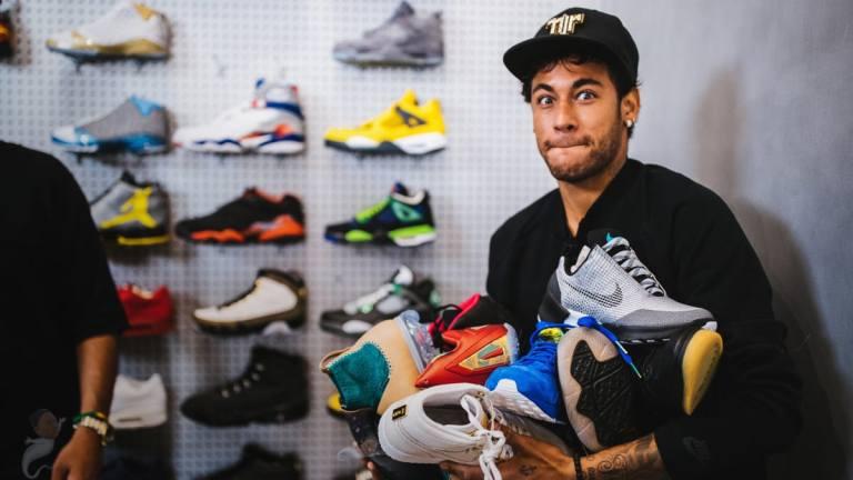 neymar-sneaker-shopping.jpg