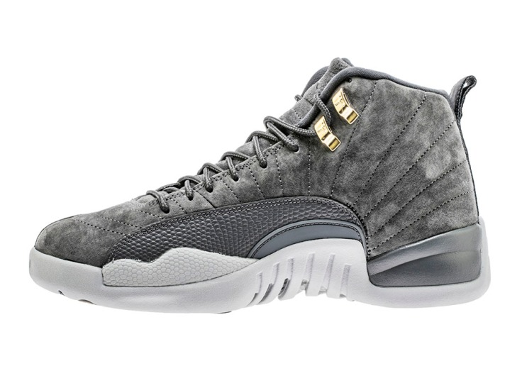 air-jordan-12-dark-grey-photos-130690-005-2