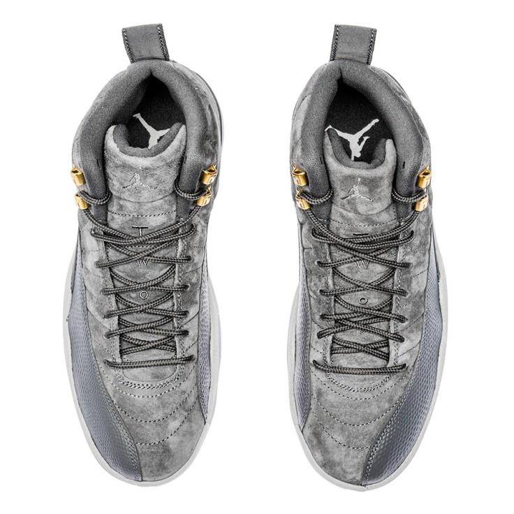 air-jordan-12-dark-grey-photos-130690-005-5
