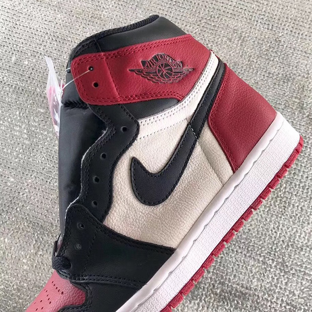 air-jordan-1-bred-toe-555088-610-1