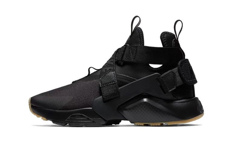 nike-air-huarache-city-black-gum-1