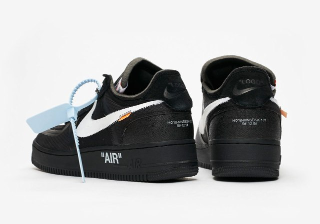 off-white-nike-air-force-1-black-AO4606-001-2