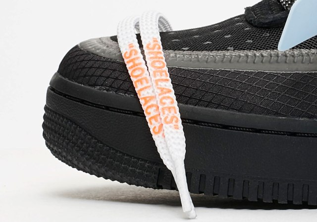off-white-nike-air-force-1-black-AO4606-001-6