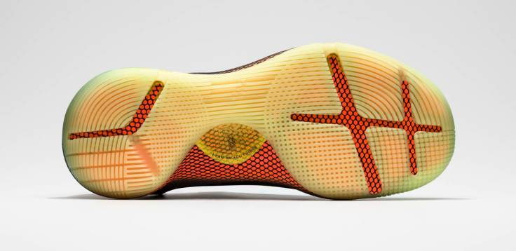 under-armour-curry-6-fox-theatre-bs3020612-004-bottom