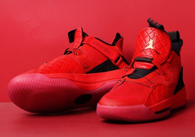 air-jordan-33-red-aq8830-600-1