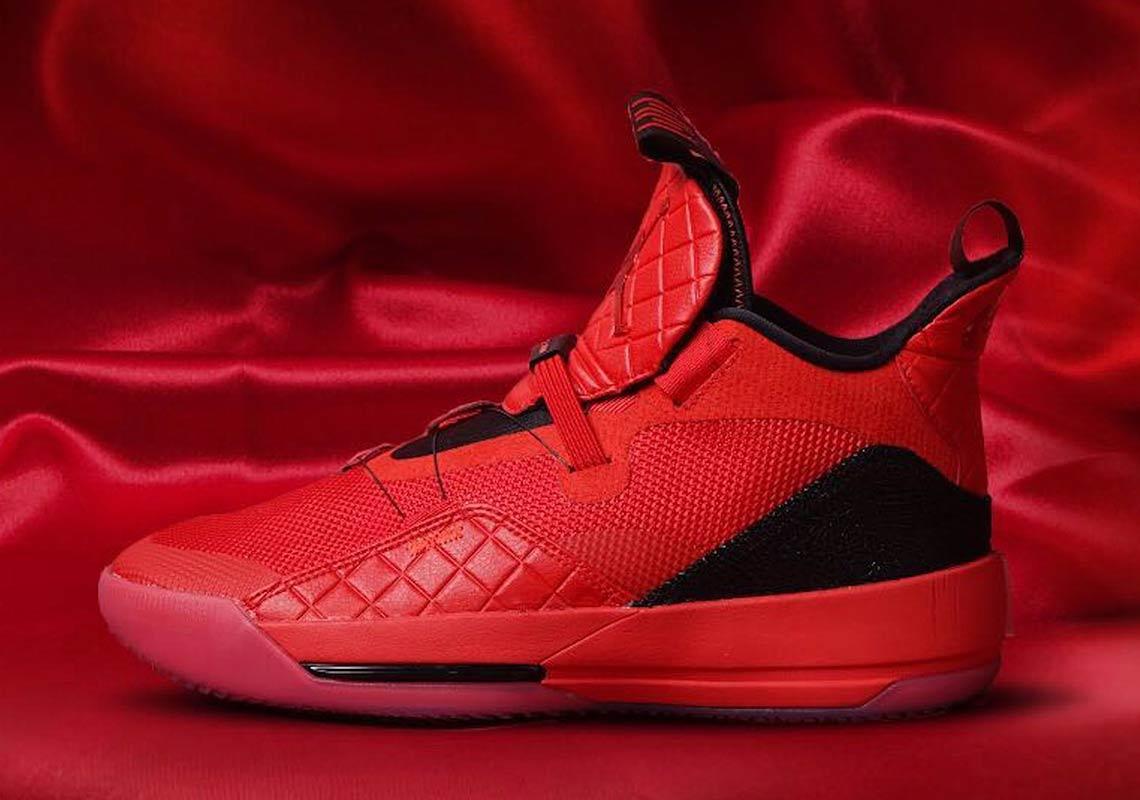 air-jordan-33-red-aq8830-600-3