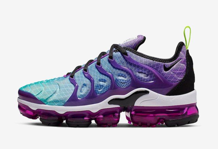 Nike-Air-VaporMax-Plus-Hyper-Violet-AO4550-900-Release-Date