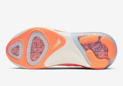 Nike-Joyride-Run-Flyknit-Sunset-Tint-AQ2731-601-Release-Date-5