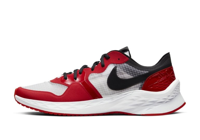 jordan-air-zoom-85-runner-chicago-3