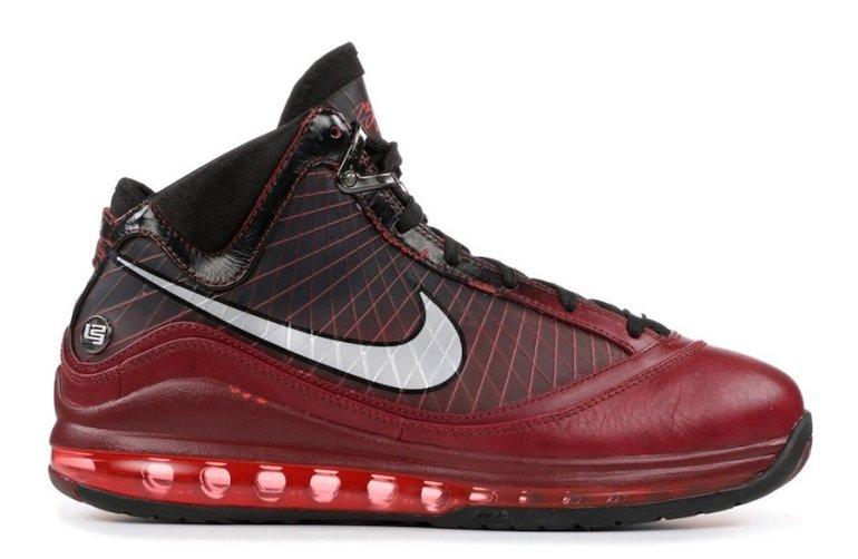 Nike-LeBron-7-Christmas-2019-Release-Date
