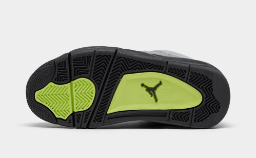 Air-Jordan-4-Air-Max-95-Neon-Kids-CT5343-007-Release-Date-6