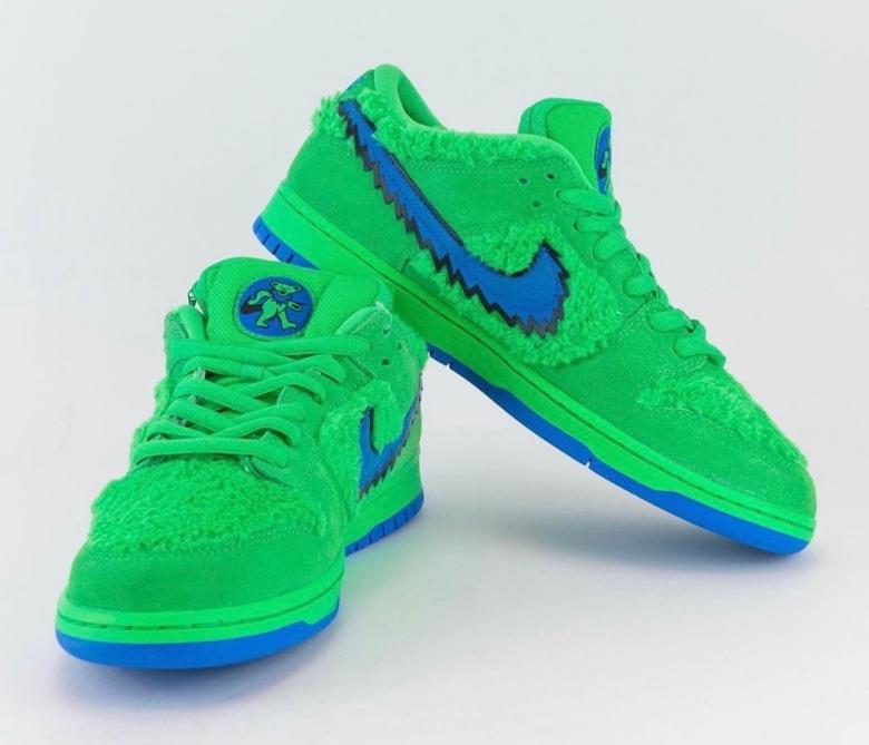 Grateful-Dead-Nike-SB-Dunk-Low-Green-Bear-CJ5378-300-Release-Date-Pricing-2