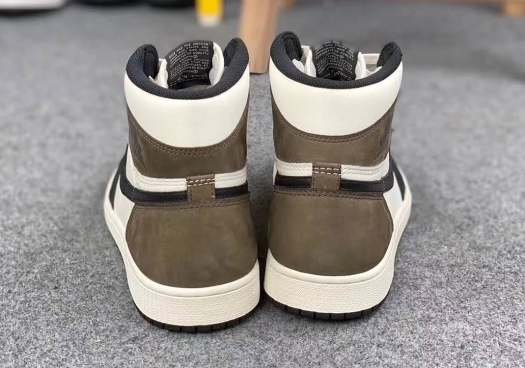 air-jordan-1-retro-high-og-sail-dark-mocha-black-555088-105-7