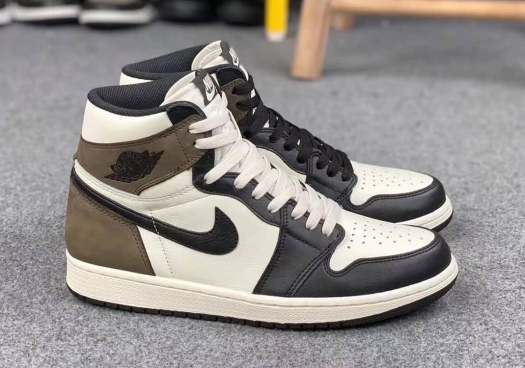 air-jordan-1-retro-high-og-sail-dark-mocha-black-555088-105-8